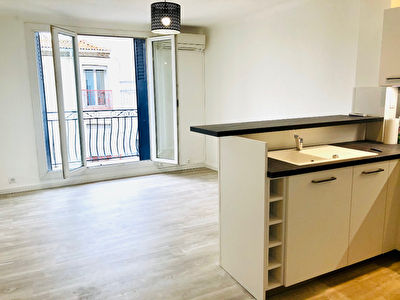 MEZE, appartement T3 centre ville